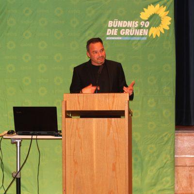 Daniel Pflügl bei seiner Bewerbungsrede zur Nominierung als Bundestagskandidat